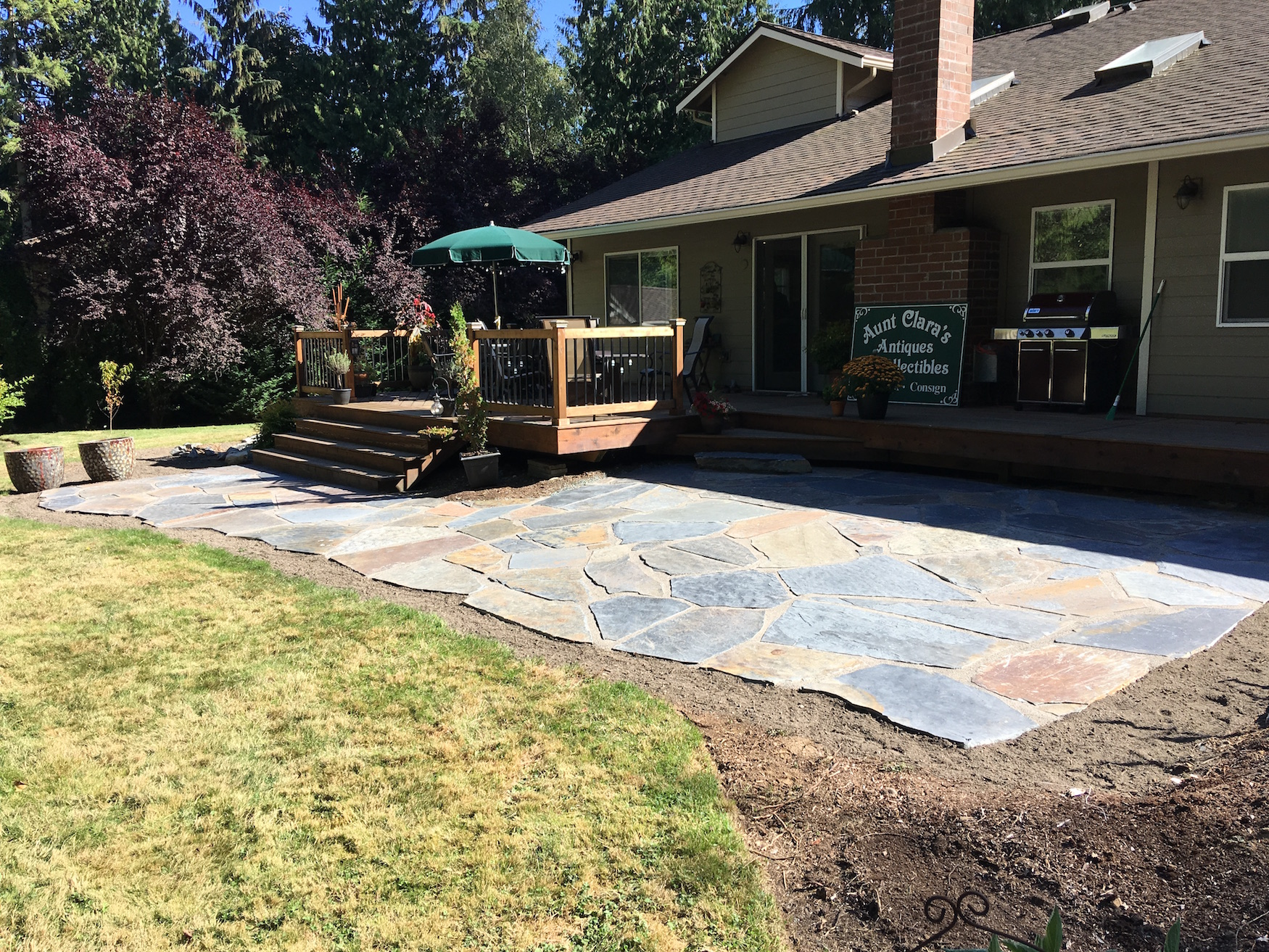 Gravel Set Iron Mountain Flagstone Patio. Gray Polymeric Sand In Joints.  Polymeric Sand Is An Excellent Choice For Sand/gravel Set Flagstone  Applications ...
